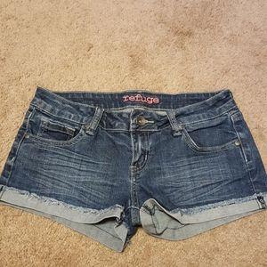 Refuge jean shorts size 4
